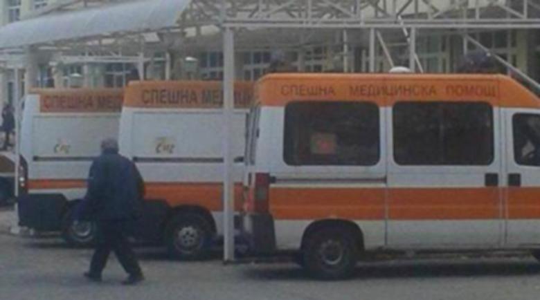 Лекарка заразила 11 души в Кърджали, лъгала за контактните