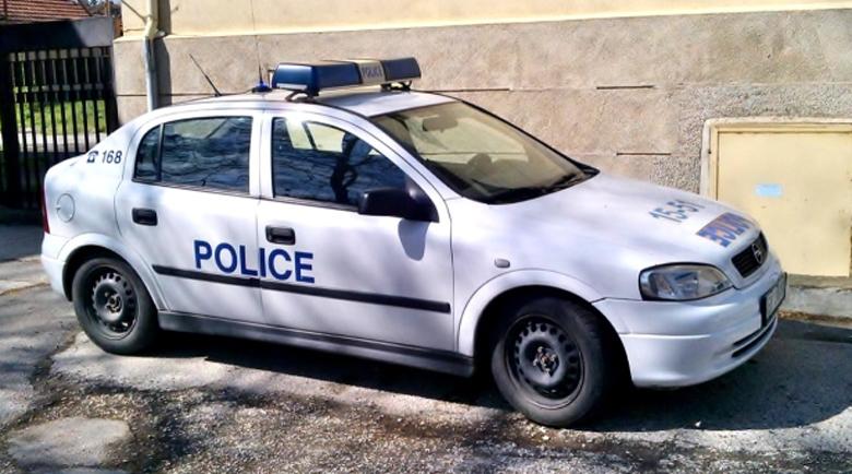 Непълнолетен циганин пребил бабата във Враца, хванаха го