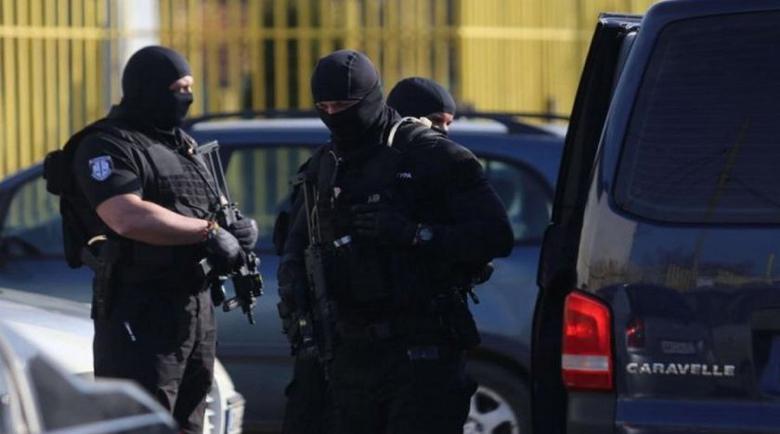 Арестуваха издирван бандит на бензиностанция на Марешки в Бургас