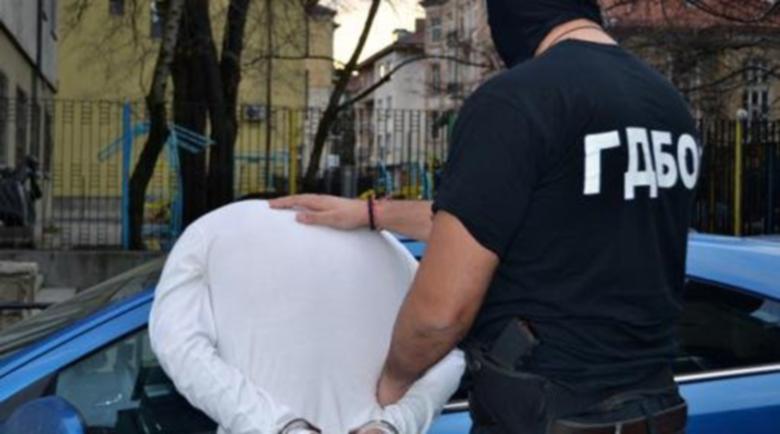 Върви, народе… Арестуваха студент-наркодилър