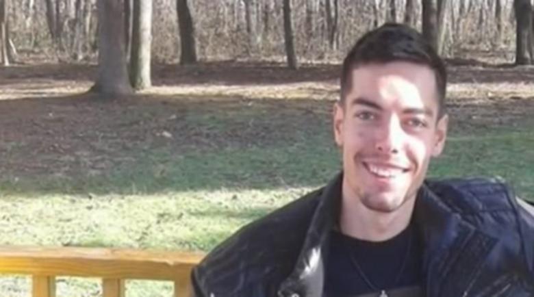Мистерия: Младеж изчезна, Вайбър го показва да е онлайн!