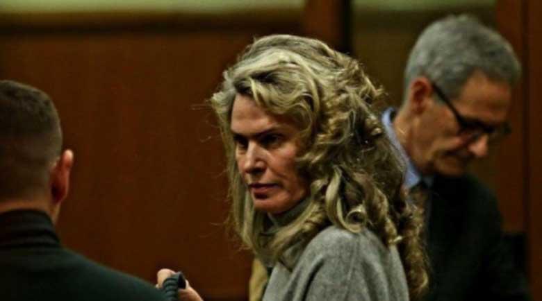 Пускана ли е от ареста жената на Васил Божков?