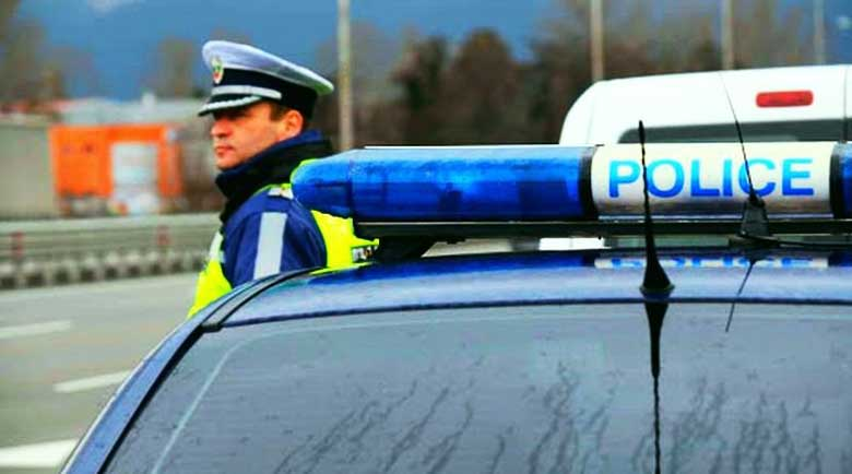 Пиян британец зад волана на БМВ, бяга от ченгетата, почерпил се и с дрога