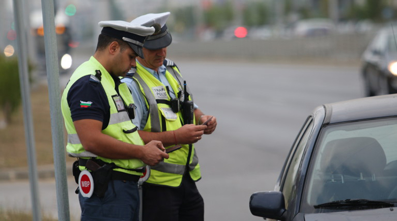 Пътна полиция засилва проверките за наркотици и алкохол през празниците