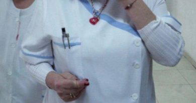 """Медсестра """"черпела"""" колегите си с бисквити със сънотворни"""