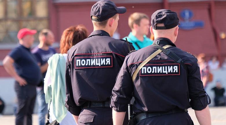 Куриер взе заложници в банка в Москва, иска откуп