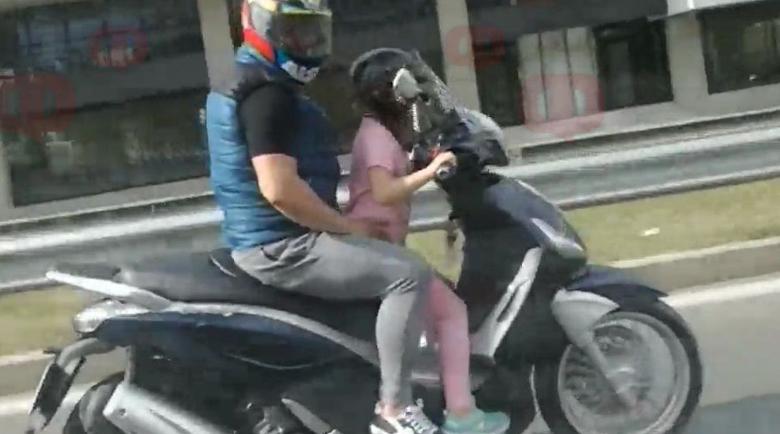 Бивш министър снимал как дете вози със скутер баща си
