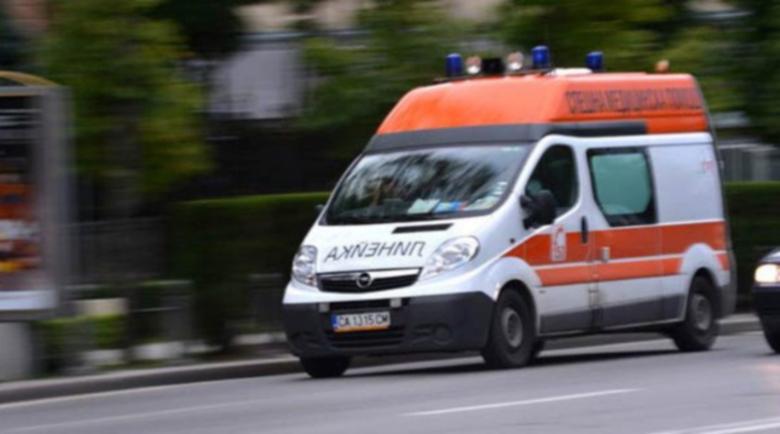 Чужд турист повалил санитарка с ритник в Бургас
