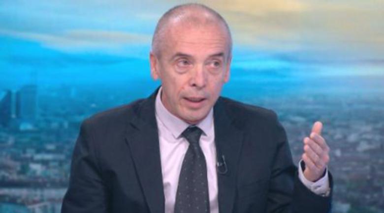 Доц. Мангъров: 280 000 българи са се срещнали с коронавируса
