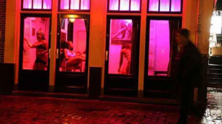 Публичните домове в Нидерландия ще посрещат отново клиенти от 1 юли