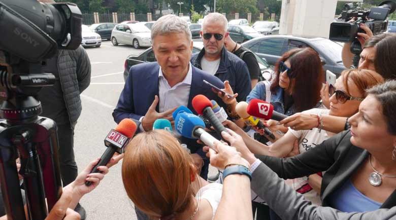 След като се признаха за виновни: Аверите на Бобокови с условни присъди за боклуците