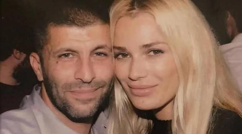"""Моделът на """"Плейбой"""" Виктория Карида: Български килъри убиха мъжа ми!"""