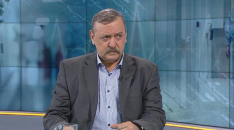 Кантарджиев обвини младите за пълните ковид-отделения