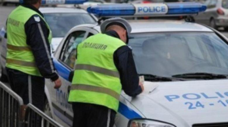 Млад шофьор опита да измами катаджии с фалшива полска книжка