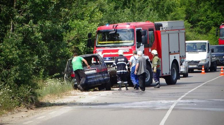 Кола изгоря по пътя за Рилския манастир
