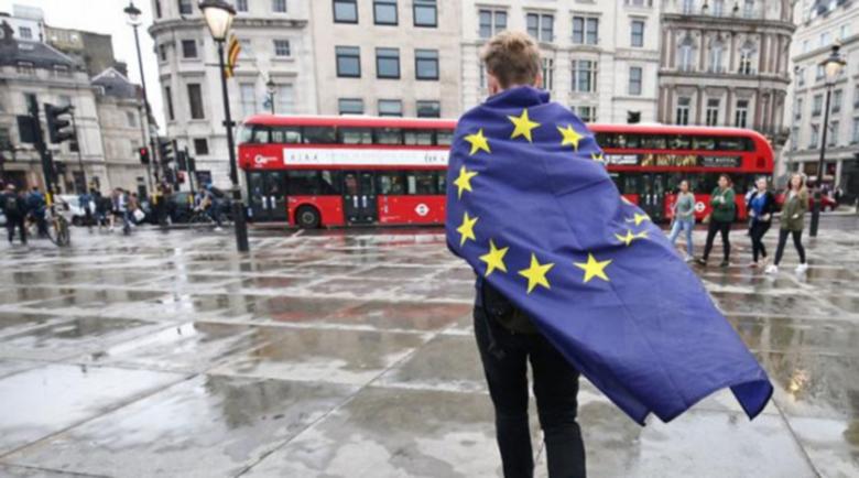 Депортират българи от Острова и за най-дребно провинение след Брекзит