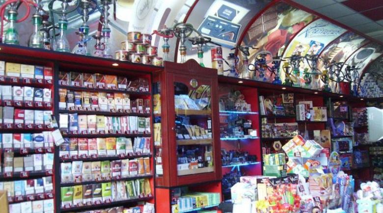 Крадци тормозят денонощен магазин в Казанлък цяла година