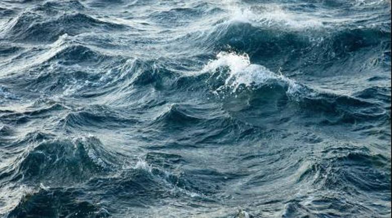 Опасност! Мъртво вълнение в Бургаския залив, пазете се