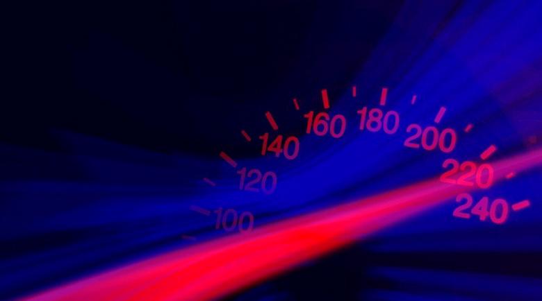 22-годишен настъпи газта до 151 км/ч, глобяват го 1150 лева