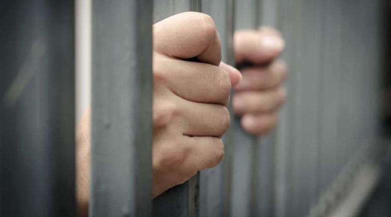 """Затворниците се сдобиха с телефон, викат си мадами """"на свиждане"""""""
