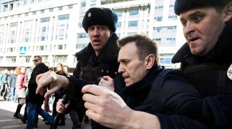 Арестуваха Сергей Навални още на летището