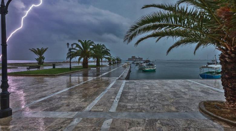 Две жертви на силната буря в Гърция