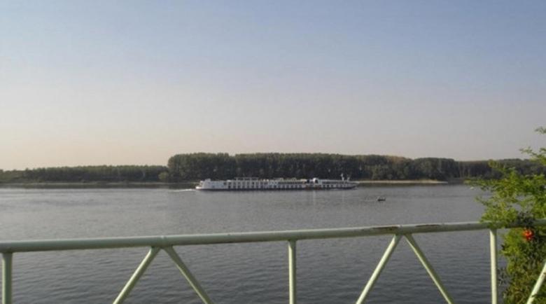 Адът на Дунав: Чакат трупа на удавеното момче в Румъния
