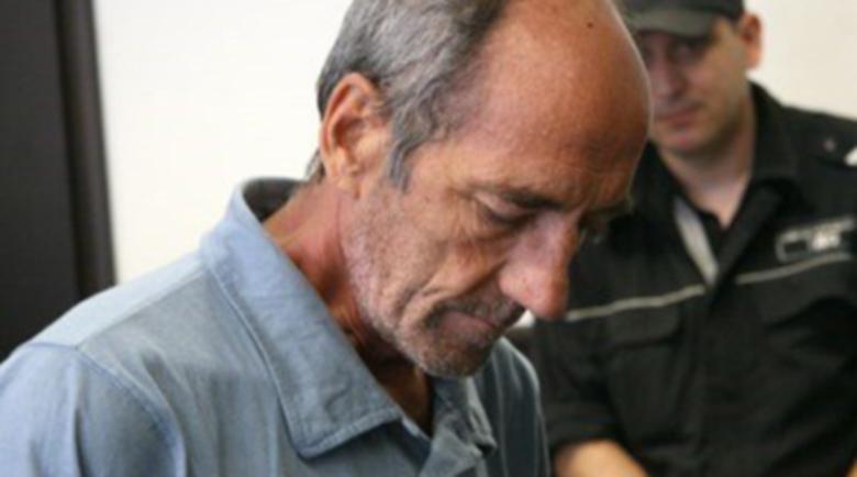 Баща закла сина си, дадоха му 16 г. затвор, ще плаща кръвнина…