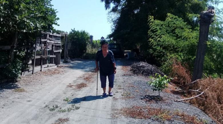 Милка от Костиево: Загубих съпруга си, защото за линейката няма път