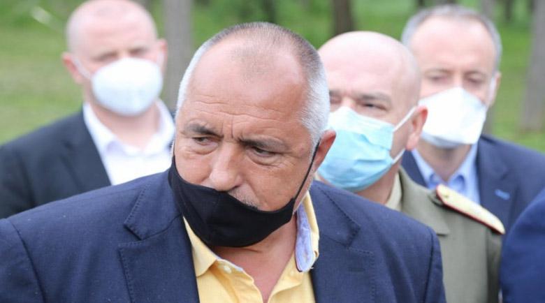 Борисов нареди полузадължителни маски на открито