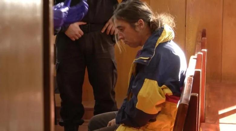 18 години строг затвор за Елеонора, която закла баща си