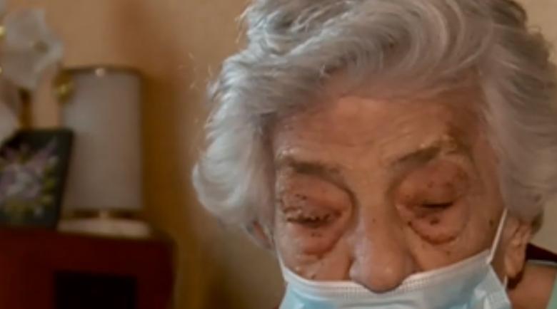 16-годишна пикла обра жена на 86, цялата е в синини