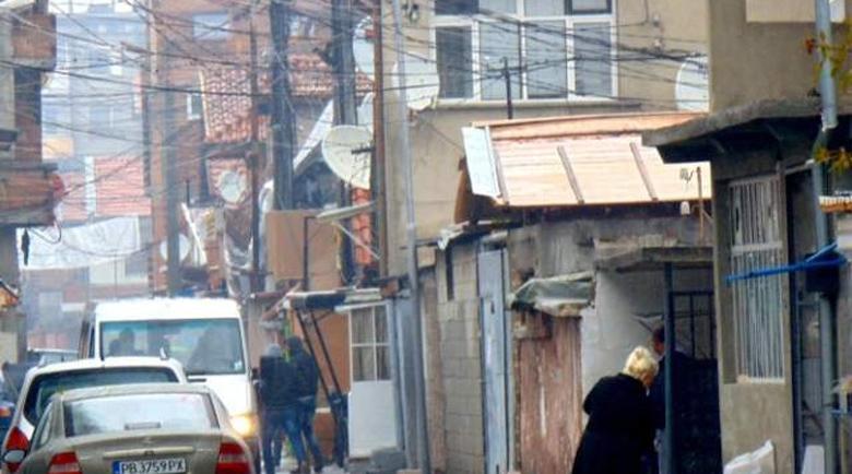 """Съседска война на ул. """"Ландос"""" в Столипиново засенчи Мондиала"""
