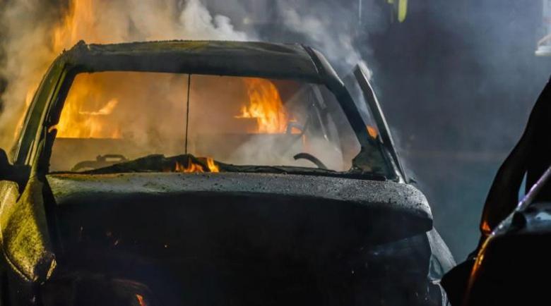 Запалиха колата на бизнесмен, дни преди частичен избор за кмет