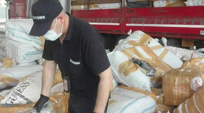 Митницата хвана 2 милиона контрабандни маски