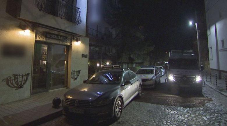 Полицията прекъсна поредно празненство в ресторант посред нощ