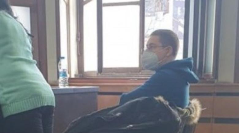 Шофьор уби брат си и гаджето си в меле край Пловдив, зяпал в телефона си
