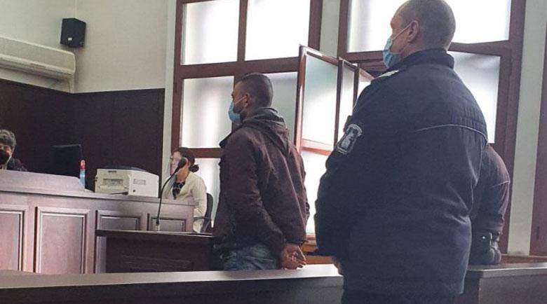 Пироман запали къщата на приятел край Пловдив, отива в затвора
