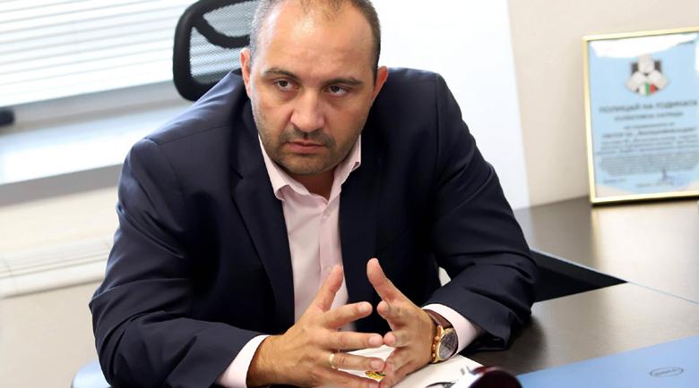 """Шефът на сектор """"Фалшификации"""" в ГДБОП Дарин Костов: Бандата на Бореца продаваше паспорт като на Рамбо за 1000 лв."""
