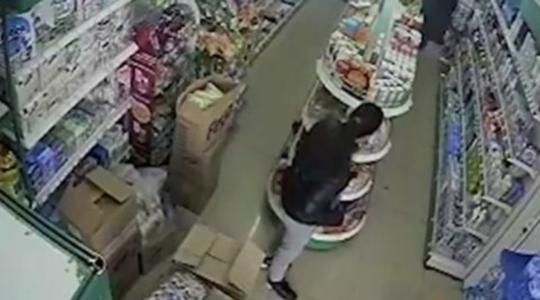 Нагла крадла всеки ден обира магазини в Бургас
