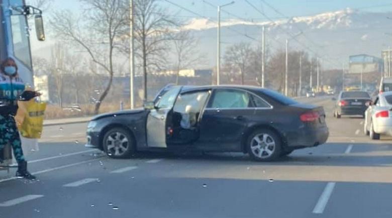Две автомелета блокираха София около Централни гробища
