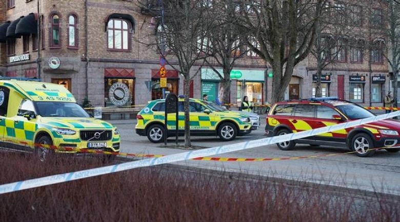 Терор в Швеция – нападение с нож в град Ветланда