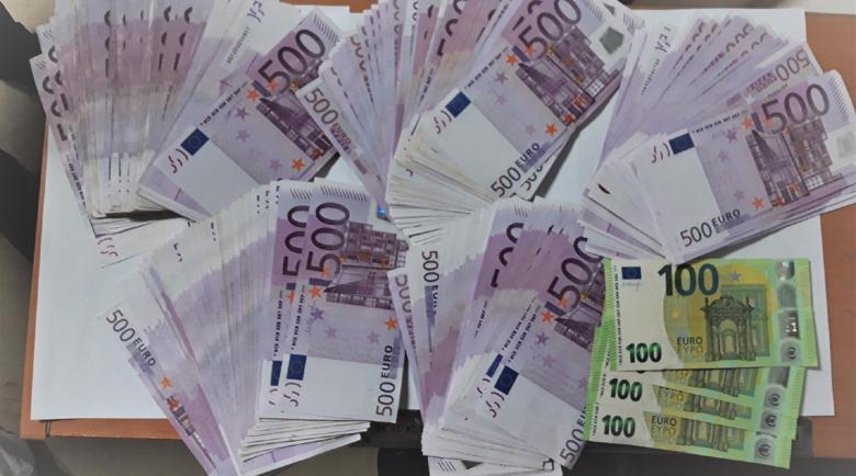 Германци измамени с милиони евро при онлайн търговия от България