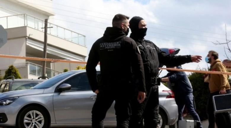 Полицията в задънена улица за убийството на журналиста в Гърция