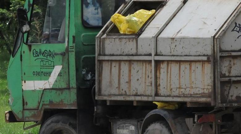 """Обвиниха шофьора на боклукчийския камион, прегазил жена в """"Люлин"""""""