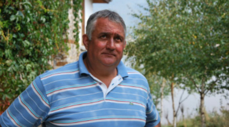 Ексфутболистът Петър Курдов налетя на циганчета, арестуваха го