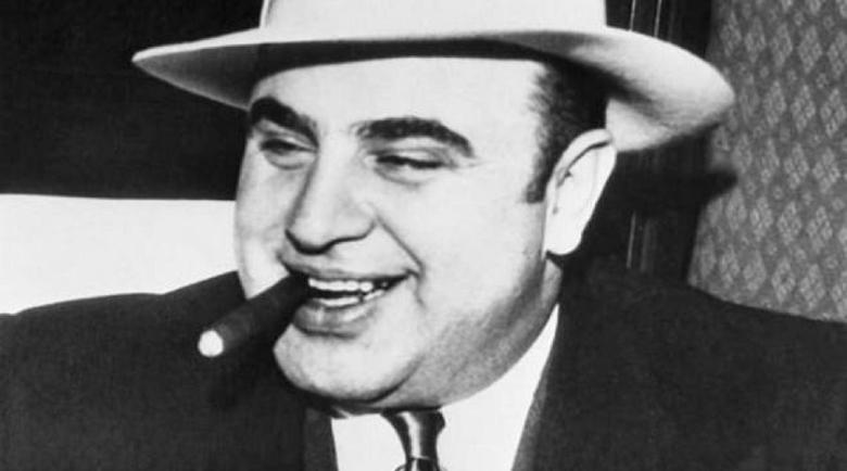Племеницата на Ал Капоне разкри тайните му в книга