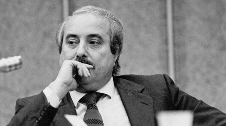 Съдия Фалконе: Страхливият умира всеки ден, смелият – само веднъж