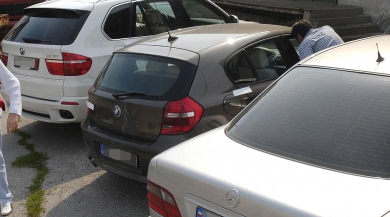 Разбиха банда за кражби на катализатори във Велико Търново