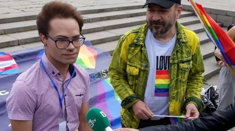 Гей активистът Руси: Не съм клал брат си, изгоних го от къщи